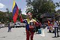 El pueblo venezolano acompañó los restos de su presidente Hugo Chávez Frías en la Academia Militar (8540714666).jpg