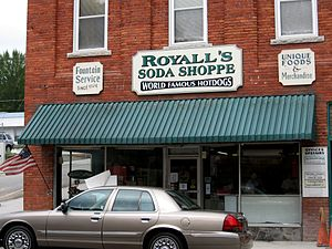 Soda fountain, downtown Elkin, 2007