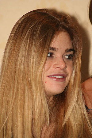 Ellen Muth - Muth in April 2007