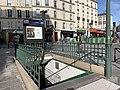 Entrée Station Métro Censier Daubenton Paris 4.jpg
