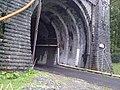 Entrée côté francais du tunnel ferroviaire du Somport vue 2.jpg