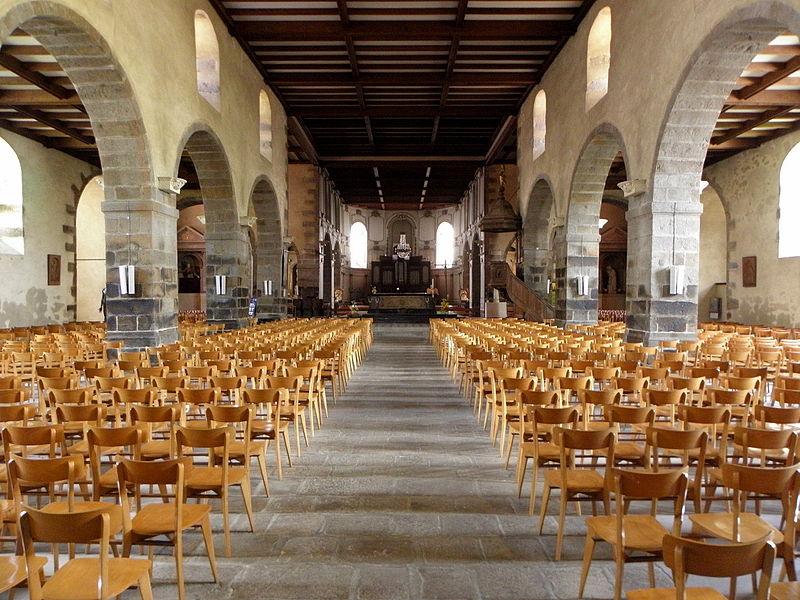 Église Notre-Dame-de-l'Assomption d'Ernée (53). Nef principale.