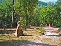 Escultures al Bosc de can Ginebreda, al Pla de l'Estany - panoramio.jpg