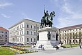 Estatua de Luis I de Baviera, Múnich, Alemania, 2012-04-30, DD 02.JPG
