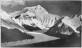 Everest from Rongbuk valley, 1921.jpg