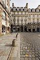 Façade de l'hôtel de Mucé (section ouest), Rennes, France.jpg