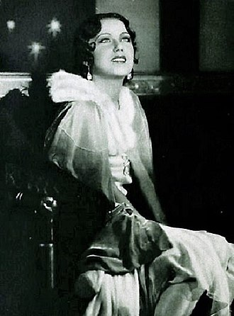 Scream queen - Actress Fay Wray (1907–2004) is considered to be one of the first scream queens.