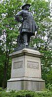 Denkmal im Kurfürstenpark Fehrbellin, Brandenburg (Quelle: Wikimedia)