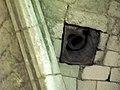 Fieffes église (passage pour corde de cloche) 1.jpg