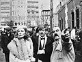 Filmopnamen in haven van Barcelona genaamd Reis der Verdoemden vlnr Faye, Bestanddeelnr 928-2815.jpg