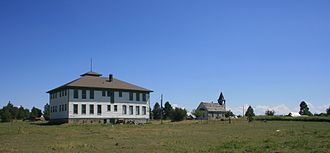Flora, Oregon - The school in Flora