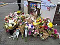 Flower tribute, Borough High Street (35119549365).jpg