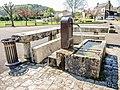 Fontaine à l'entrée ouest de Moloy.jpg