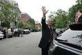 Former White House Press Secretary Tony Snow waves goodbye.jpg