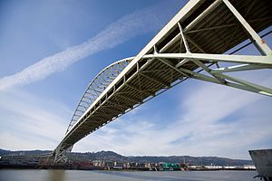 Fremont Bridge (Portland, Oregon) - Image: Fremont Bridge Bottom