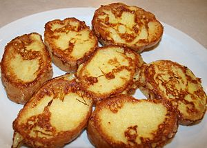 English: French toast served at Mac's Restaura...