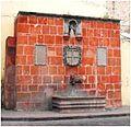 Fuente-Caja de Agua de la Virgen del Pilar en Querétaro.JPG