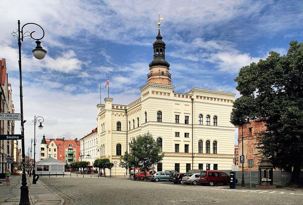 Ratusz w Głogowie