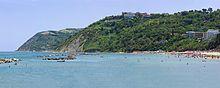 Gabicce Monte e Vallugola visti da Gabicce Mare