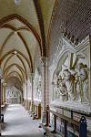galerij met zandstenen kruiswegstaties - sittard - 20332034 - rce