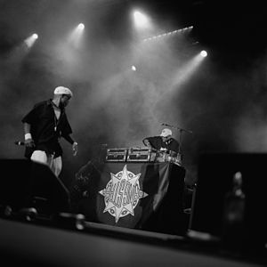 Gang Starr - Gang Starr performing in Hamburg, 1999.