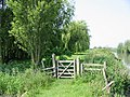 Gate on the riverbank footpath - geograph.org.uk - 457712.jpg