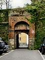 Genova porta San Bernardino.jpg