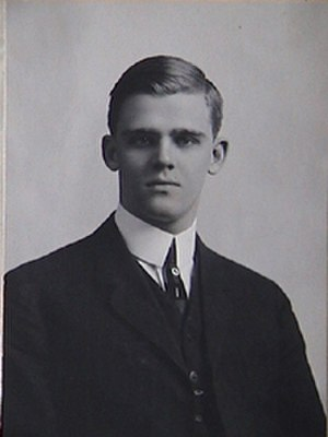 George E. Akerson - George Edward Akerson while a young man.
