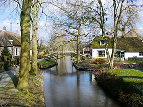 Image illustrative de l'article Giethoorn
