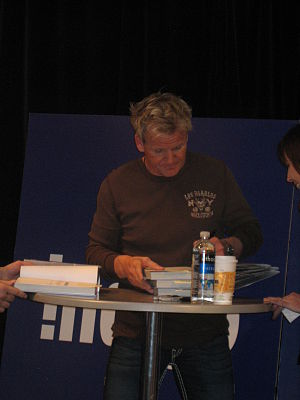 Gordon Ramsay - Ramsay signing a copy of Gordon Ramsay's Healthy Appetite at the Toronto Eaton Centre, February 2009