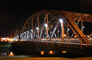 Sorlie Bridge connecting Grand Forks, ND to Ea...