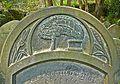 Grave detail (2493081656).jpg