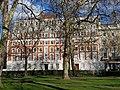 Grosvenor Square est.jpg
