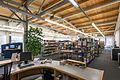 HH-Barmbek Eingangsbauwerk der ehemaligen Margarinefabrik Voss Bibliothek.jpg
