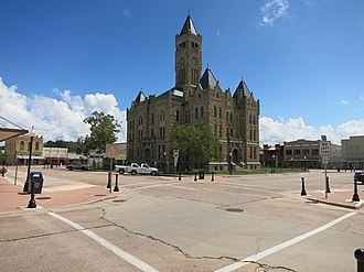 Hallettsville, Texas - Image: Hallettsville TX Lavaca Co Courthouse