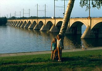 Cumberland Valley Railroad Bridge - Image: Harrisburg PA Bridge