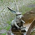 Hasen-Kaninchen am Bürgerbrunnen - panoramio.jpg