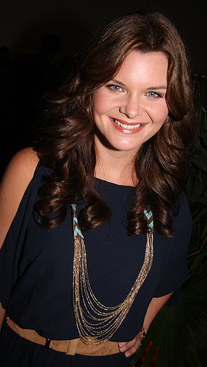 English: Heather Tom in June 2009.