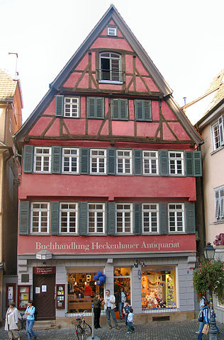 Книжная лавка Хекенхауера в Тюбингене, где Гессе работал в 1895—1899