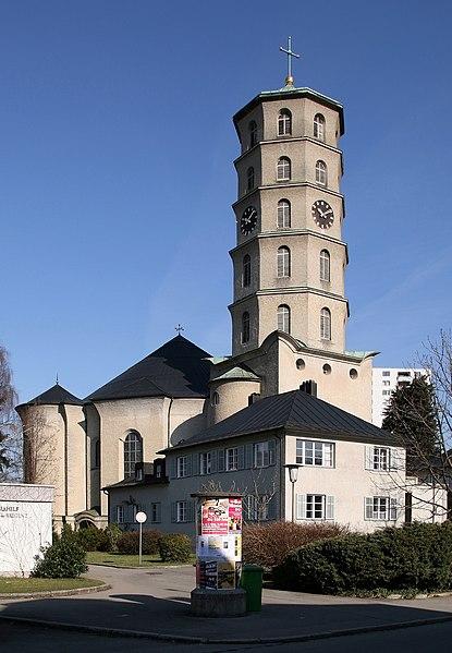 Najpoznatije svetske arhitekte 415px-HeldendankKircheBregenz