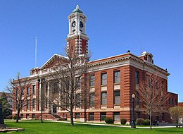 Hibbing City Hall.jpg