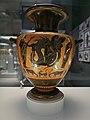 Hidria con Heracles y Tritón (British Museum).jpg