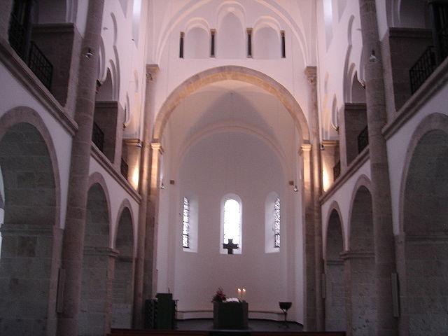 Hilden Kirche Chor 2