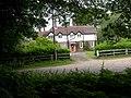 Holmsley Lodge - geograph.org.uk - 1360245.jpg