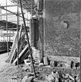 Ingangskapel zuidzijde schip westhoek; oorspronkelijke dagkant wordt hersteld - Utrecht - 20234041 - RCE.jpg