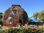 Isla Vista geodesic dome house.jpg