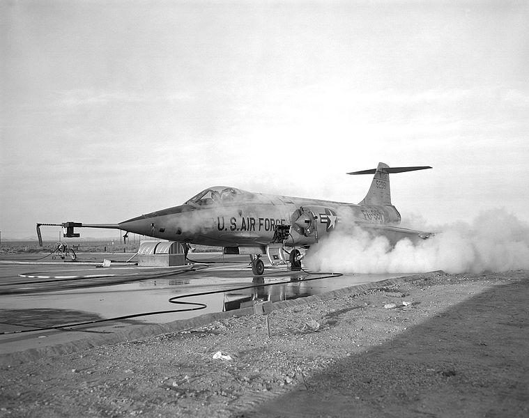File:JF-104.jpg