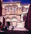 Jerusalem-Grabeskirche-02-Portal-1985-gje.jpg