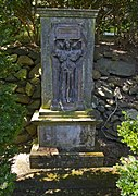 Joseph Willard tomb - Amphitheater section - Oak Hill Cemetery - 2013-09-04.jpg