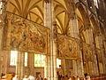 Köln Dom St. Peter Innen Teppiche.jpg